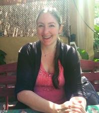 Lola-Dodge-Author-Editor