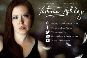 Victoria-Ashley-Postcard-Highresolution-complete